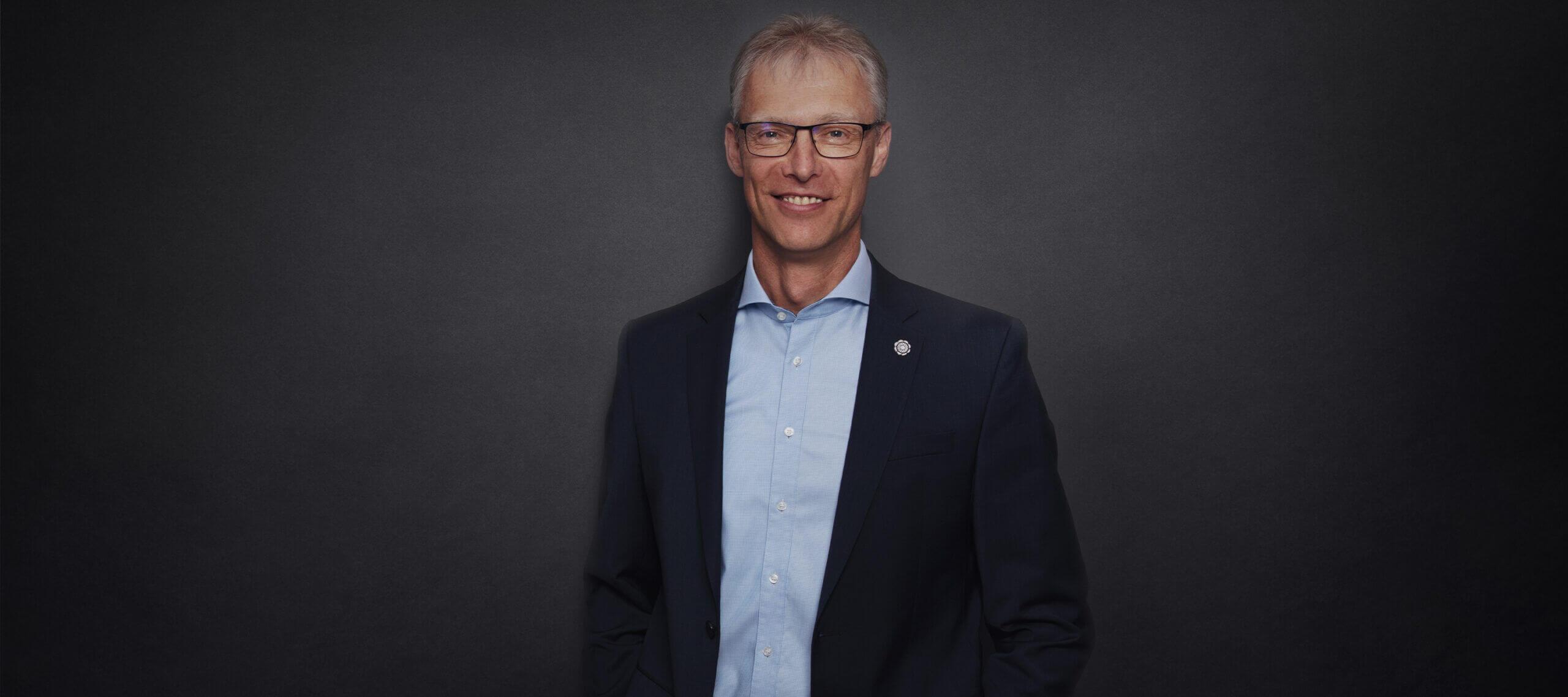 Roland Wilferth - Wirtschaftsprüfer, Steuerberater, Fachberater für internationales Steuerrecht, Vorstand